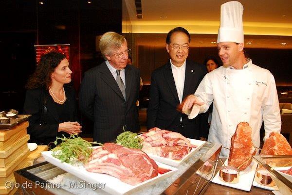 Embajadora de Uruguay en China rosario portel, Astori y GG del Hotel